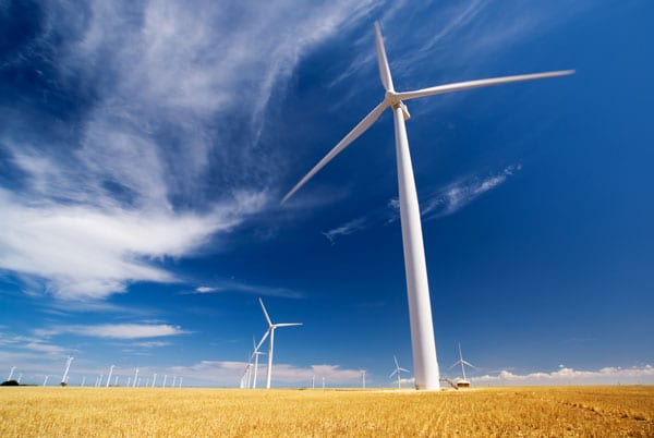 how technology is helping advance the wind-energy market