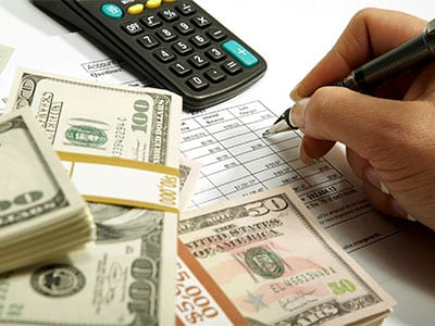 invoice factoring for renewable energy contractors offers many benefits.