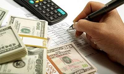 What is invoice factoring? Invoice voice factoring supplies cash for business operations.