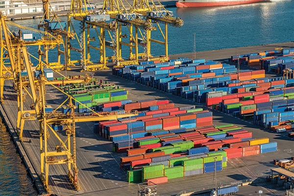 Port of Long Beach over capacity with shipments